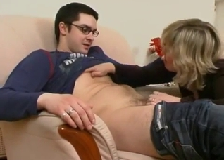 Mommy gives her son a very nasty and deep head